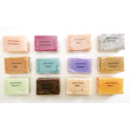 Jabón artesanal perfumado.Propoleo